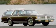 Oldsmobile Custom Cruiser 1990