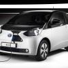 Toyota iq ev 2012