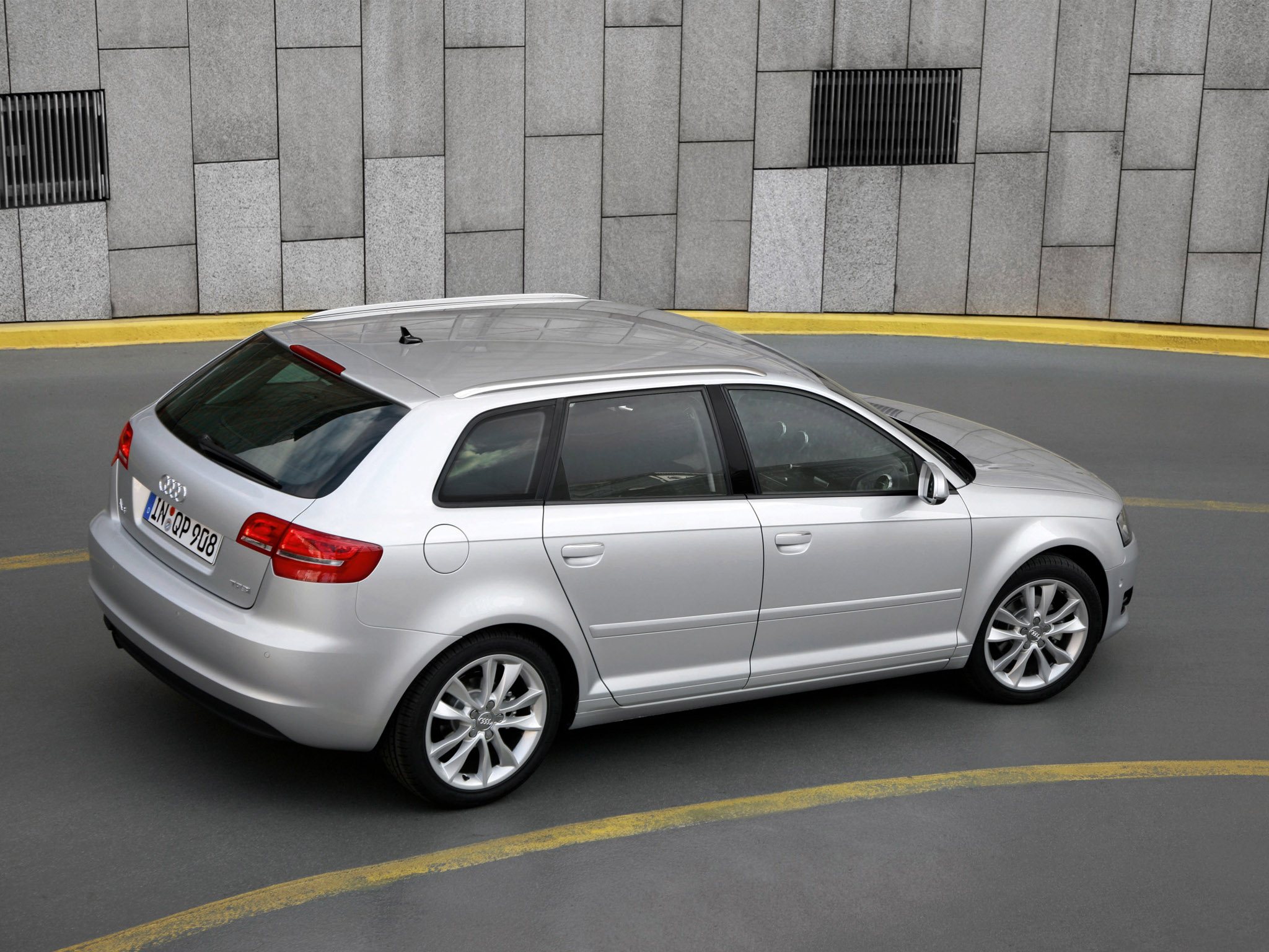 audi a3 sportback 8pa 2010 audi a3 sportback 8pa 2010 photo 08 car in pictures car photo gallery. Black Bedroom Furniture Sets. Home Design Ideas