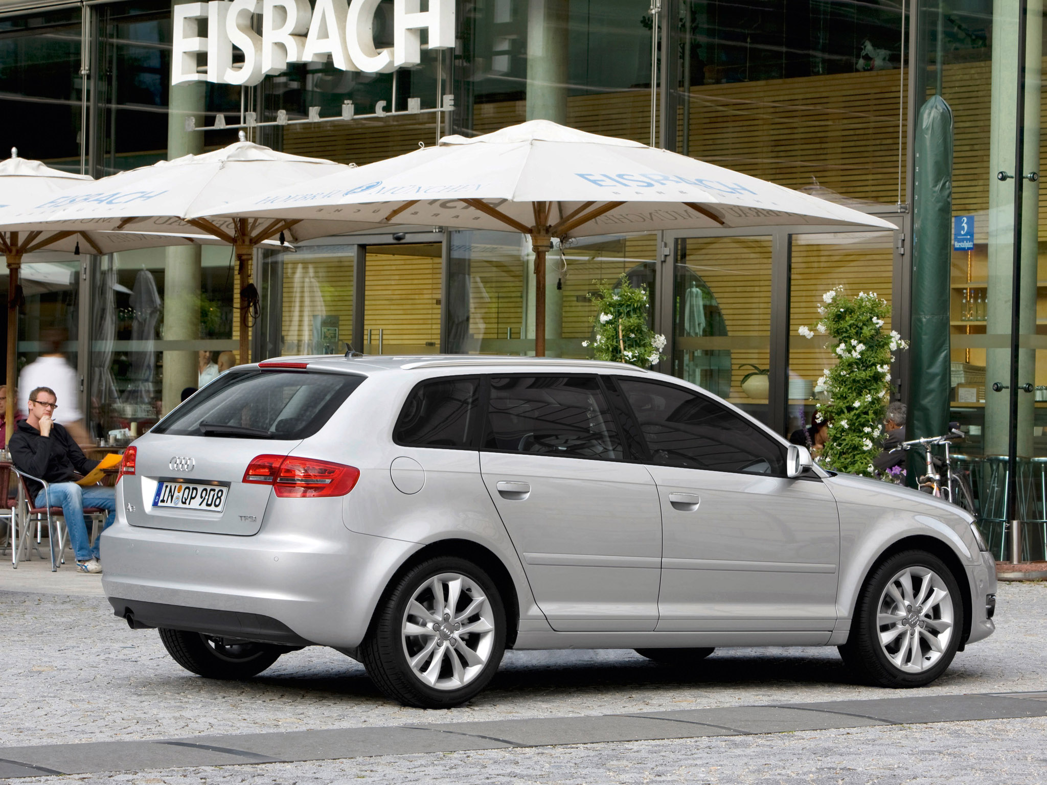 audi a3 sportback 8pa 2010 audi a3 sportback 8pa 2010 photo 09 car in pictures car photo gallery. Black Bedroom Furniture Sets. Home Design Ideas