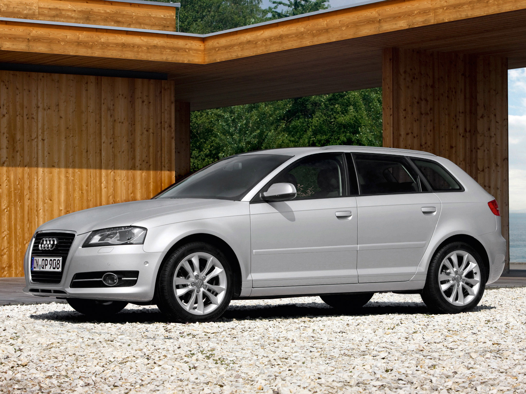 audi a3 sportback 8pa 2010 audi a3 sportback 8pa 2010 photo 11 car in pictures car photo gallery. Black Bedroom Furniture Sets. Home Design Ideas