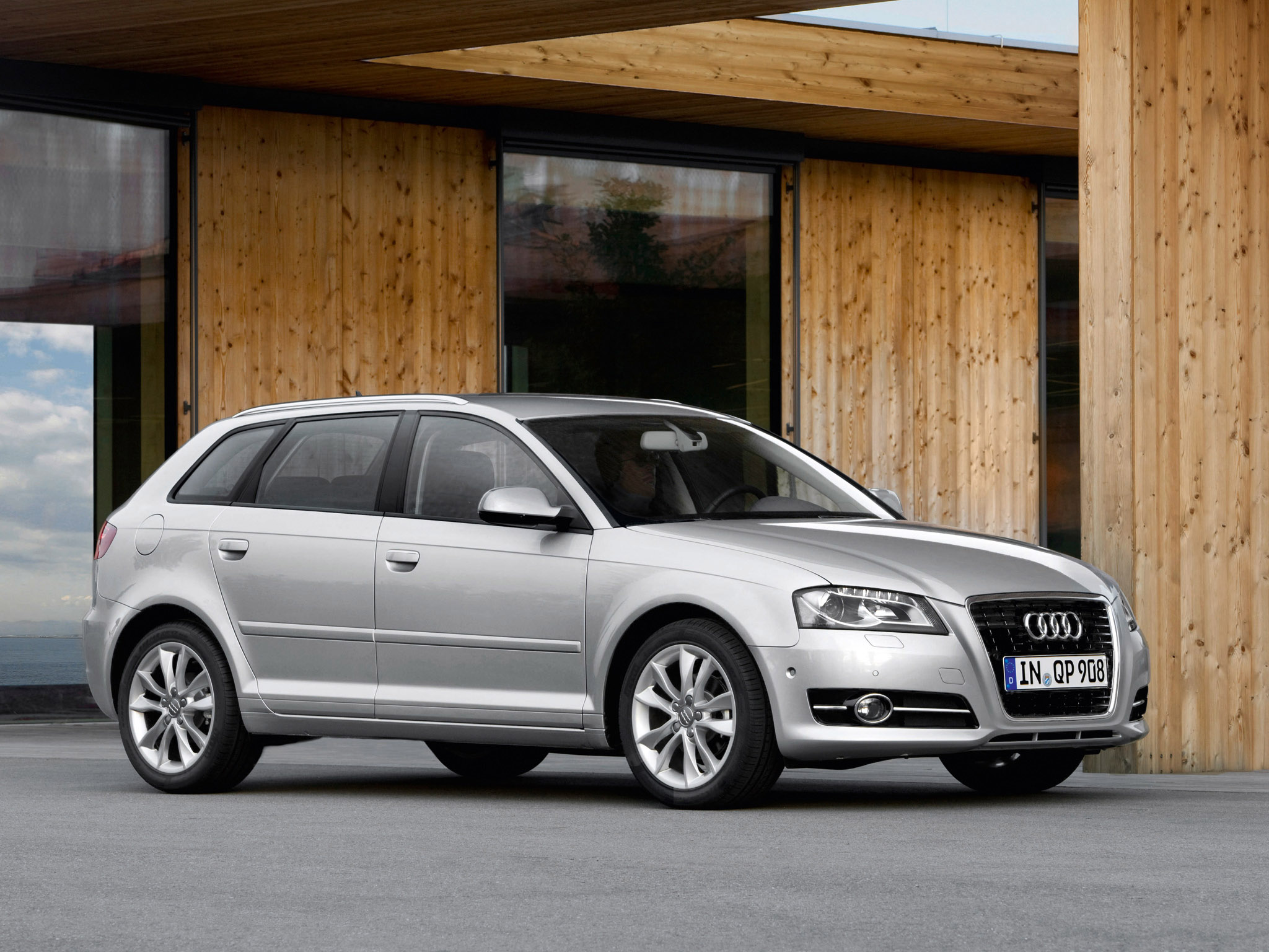 audi a3 sportback 8pa 2010 audi a3 sportback 8pa 2010 photo 13 car in pictures car photo gallery. Black Bedroom Furniture Sets. Home Design Ideas