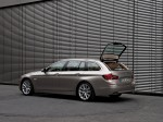BMW 5-Series 520d Touring 2010 Photo 09