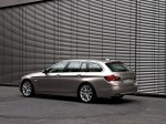 BMW 5-Series 520d Touring 2010 Photo 10