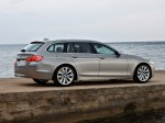 BMW 5-Series 520d Touring 2010 Photo 15