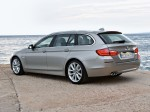 BMW 5-Series 520d Touring 2010 Photo 17