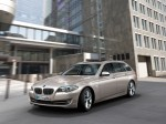 BMW 5-Series 520d Touring 2010 Photo 19