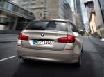 BMW 5-Series 520d Touring 2010 Photo 21