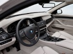 BMW 5-Series 520d Touring 2010 Photo 23