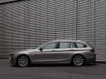 BMW 5-Series 520d Touring 2010 Photo 29