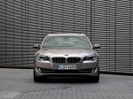 BMW 5-Series 520d Touring 2010 Photo 30