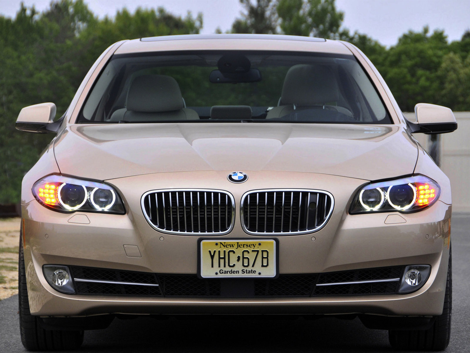 bmw 5 series 550i sedan usa f10 2010 bmw 5 series 550i sedan usa f10 2010 photo 04 car in. Black Bedroom Furniture Sets. Home Design Ideas