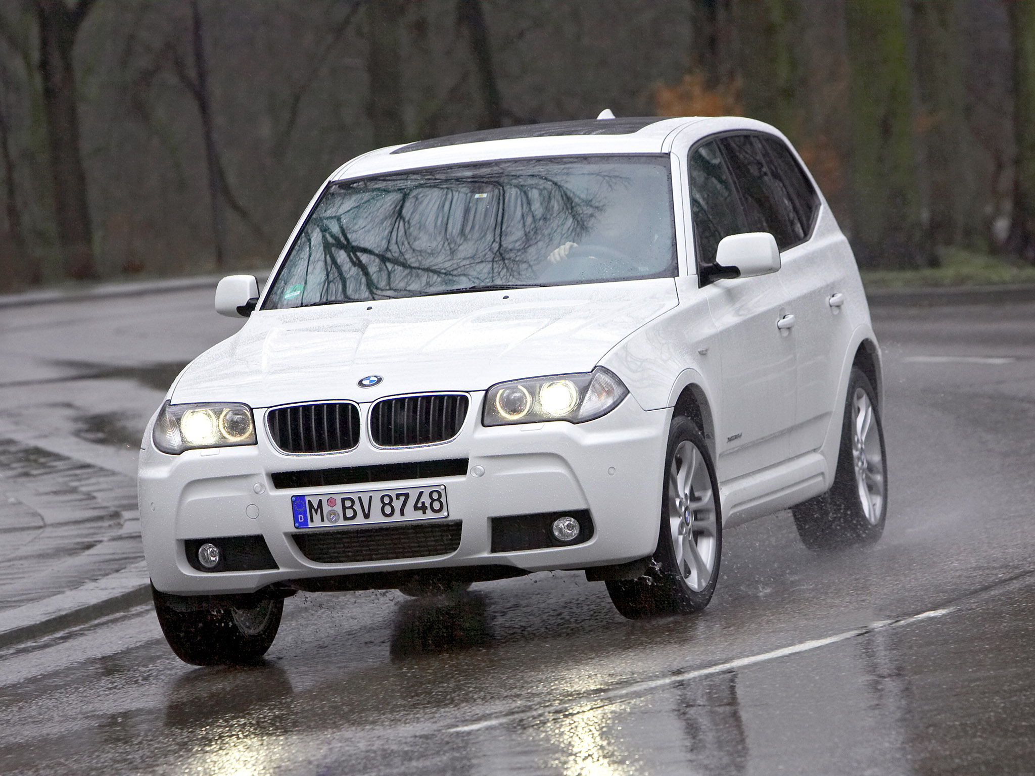 bmw x3 xdrive e83 2009 bmw x3 xdrive e83 2009 photo 07 car in pictures car photo gallery. Black Bedroom Furniture Sets. Home Design Ideas