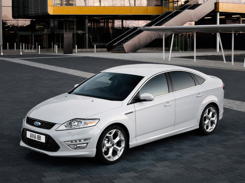 ford mondeo titanium x hatchback 2010 ford mondeo titanium x hatchback 2010 photo 06 car in. Black Bedroom Furniture Sets. Home Design Ideas