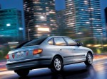 Hyundai Elantra 2000-2003 Photo 01
