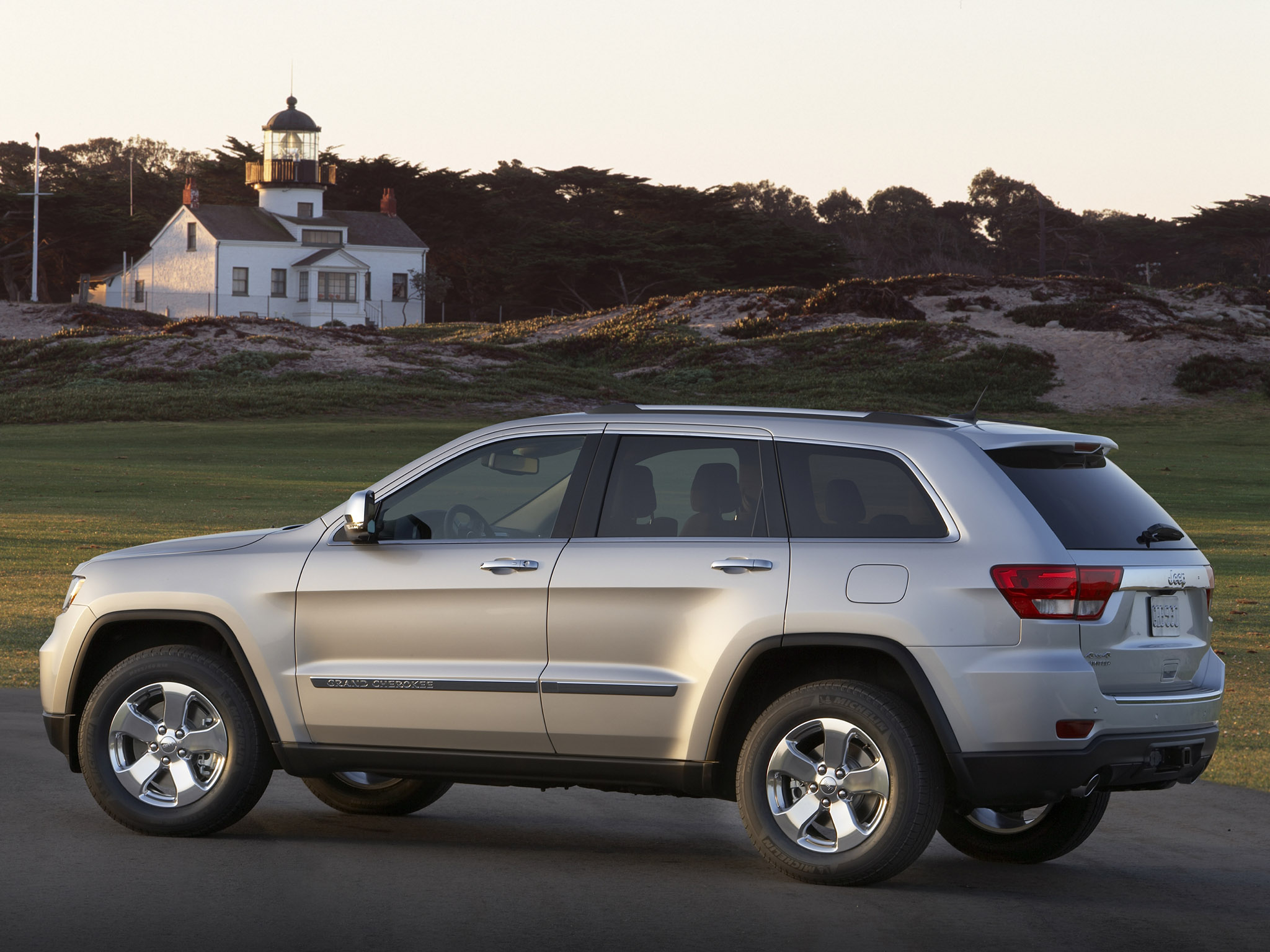 jeep grand cherokee 2010 jeep grand cherokee 2010 photo 04. Cars Review. Best American Auto & Cars Review