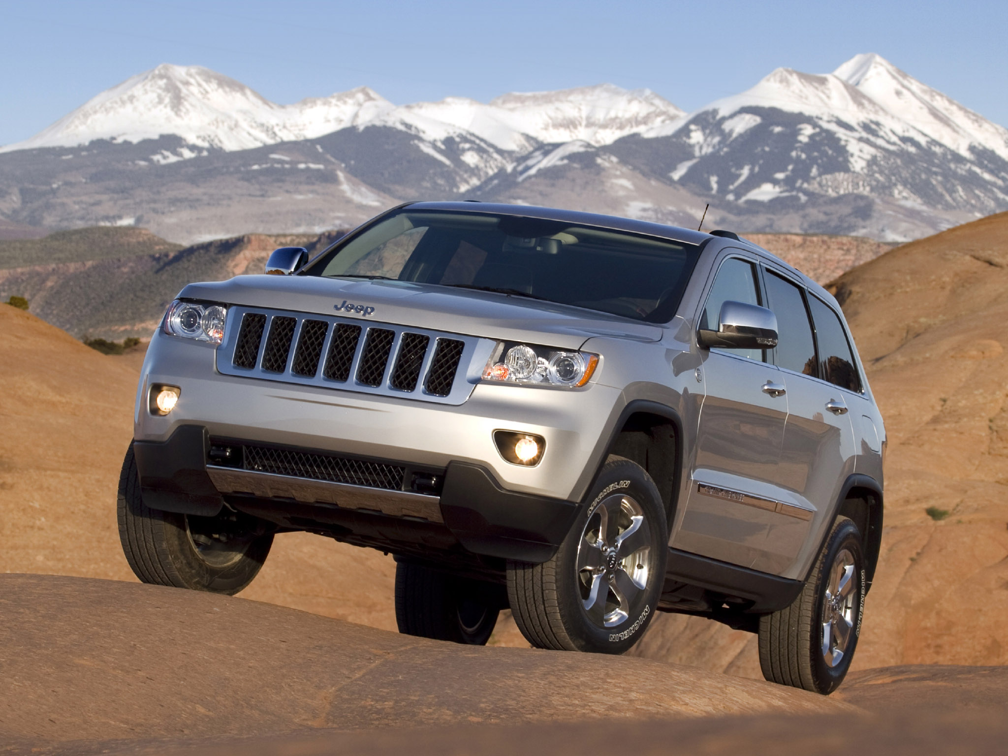 jeep grand cherokee 2010 jeep grand cherokee 2010 photo 07 car in. Cars Review. Best American Auto & Cars Review