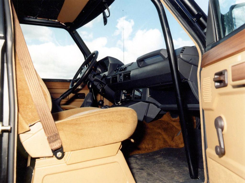 Land Rover Range Rover Camel Trophy Land Rover Range Rover Camel Trophy Photo 01 Car In
