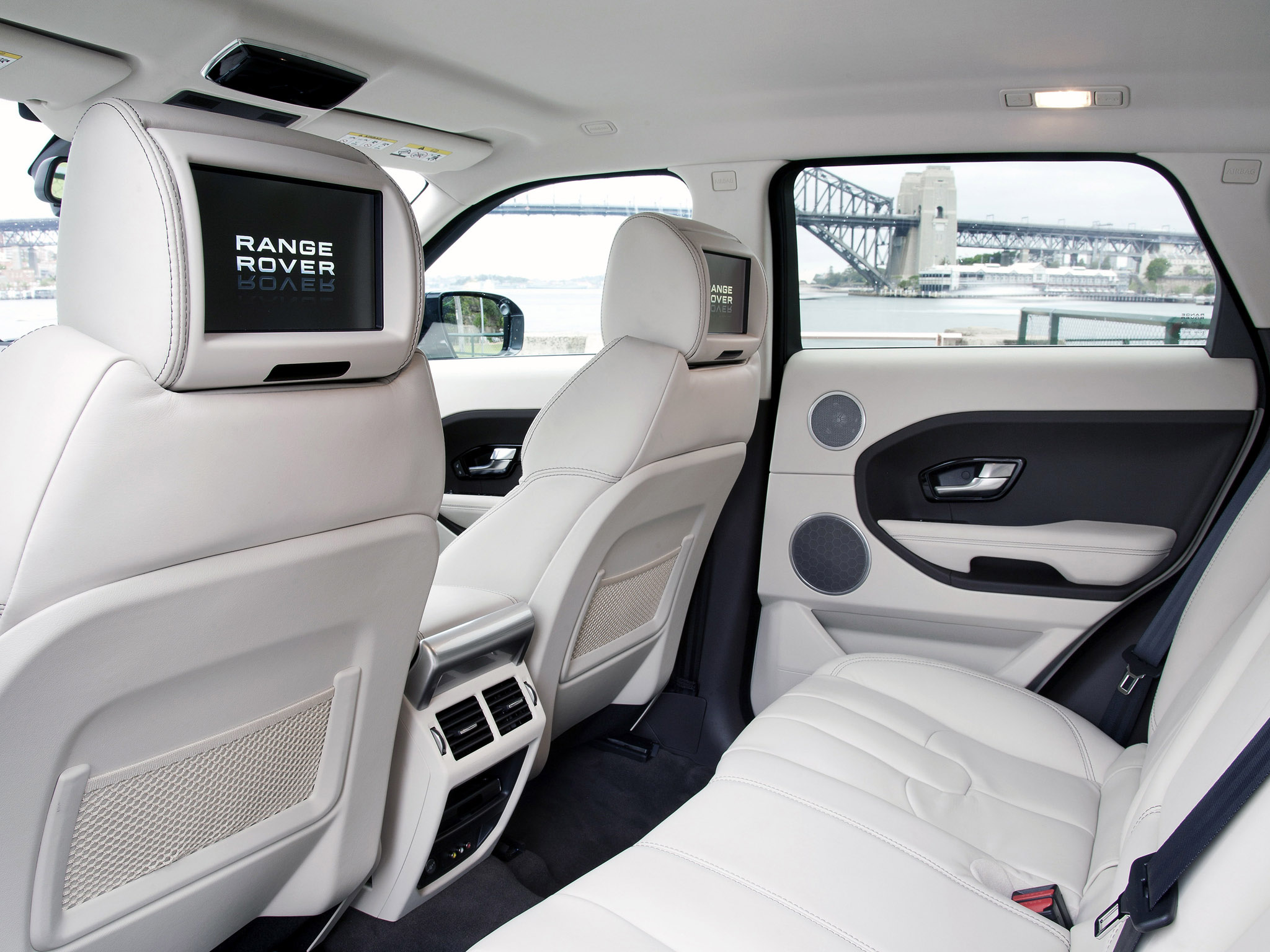 range rover with 3rd row seats autos post. Black Bedroom Furniture Sets. Home Design Ideas
