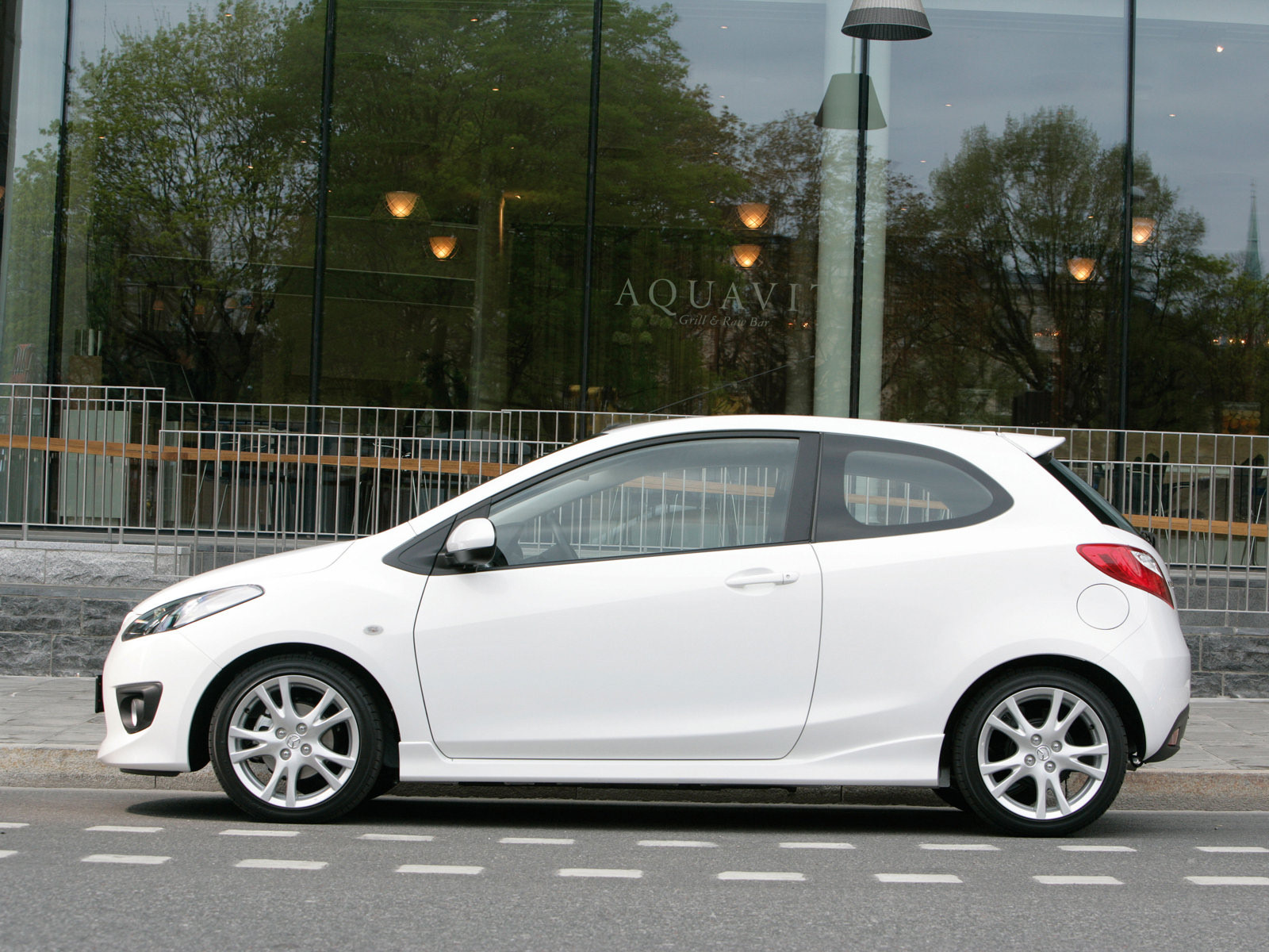 mazda 2 sport 3door 2008 mazda 2 sport 3door 2008 photo 14 car in pictures car photo gallery. Black Bedroom Furniture Sets. Home Design Ideas