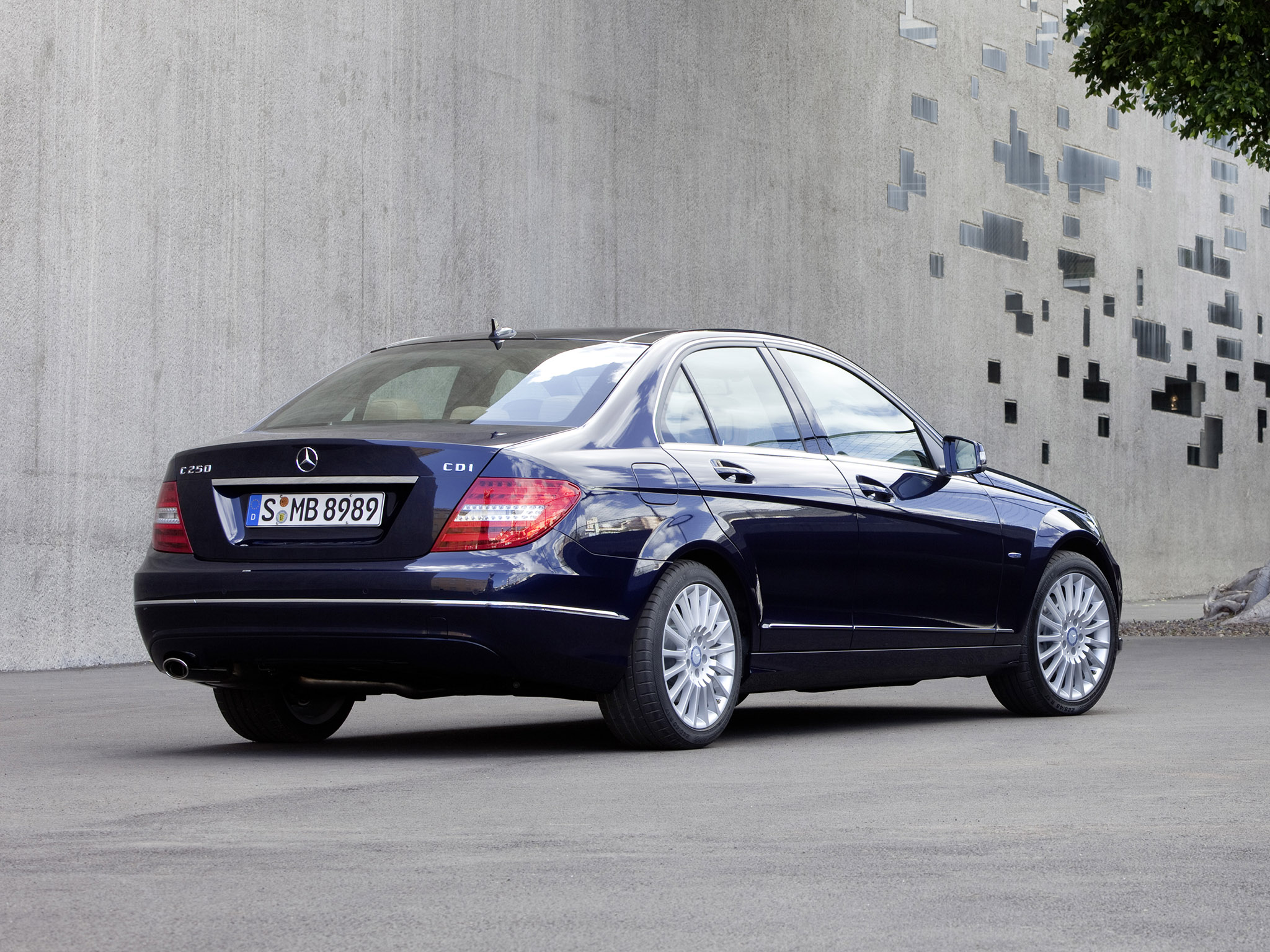 mercedes c klasse c250 cdi sedan 2011 mercedes c klasse c250 cdi sedan 2011 photo 04 car in. Black Bedroom Furniture Sets. Home Design Ideas