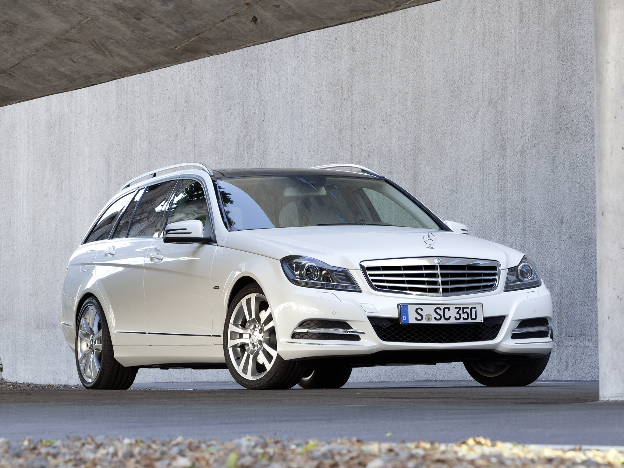 mercedes c klasse c350 cdi estate 2011 mercedes c klasse c350 cdi estate 2011 photo 10 car in. Black Bedroom Furniture Sets. Home Design Ideas