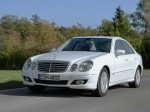 Mercedes E-Klasse E300 BlueTEC V211 2008 Photo 01
