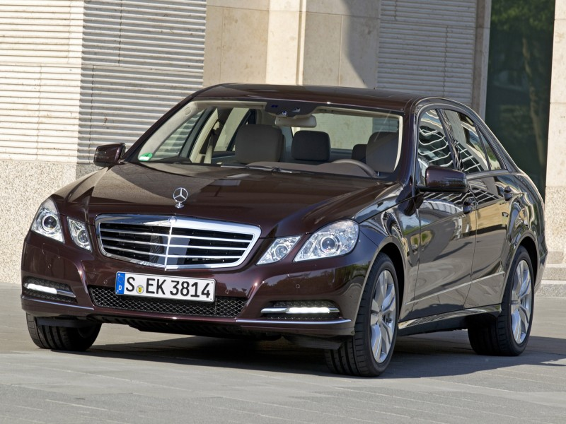 mercedes e klasse e350 cgi blueefficiency 2011 mercedes e. Black Bedroom Furniture Sets. Home Design Ideas