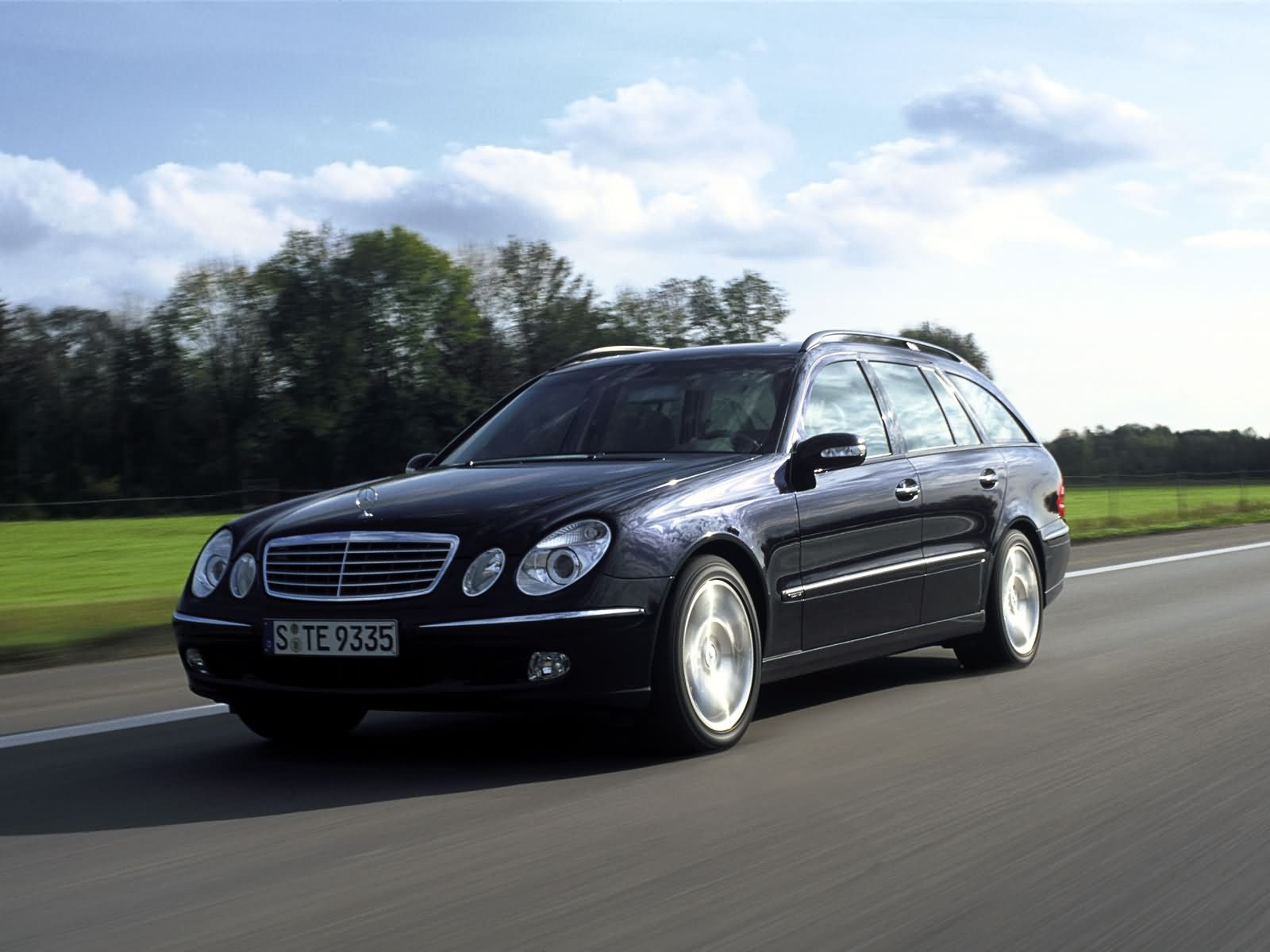 mercedes e klasse e350 estate 2004 mercedes e klasse e350 estate 2004 photo 06 car in pictures. Black Bedroom Furniture Sets. Home Design Ideas