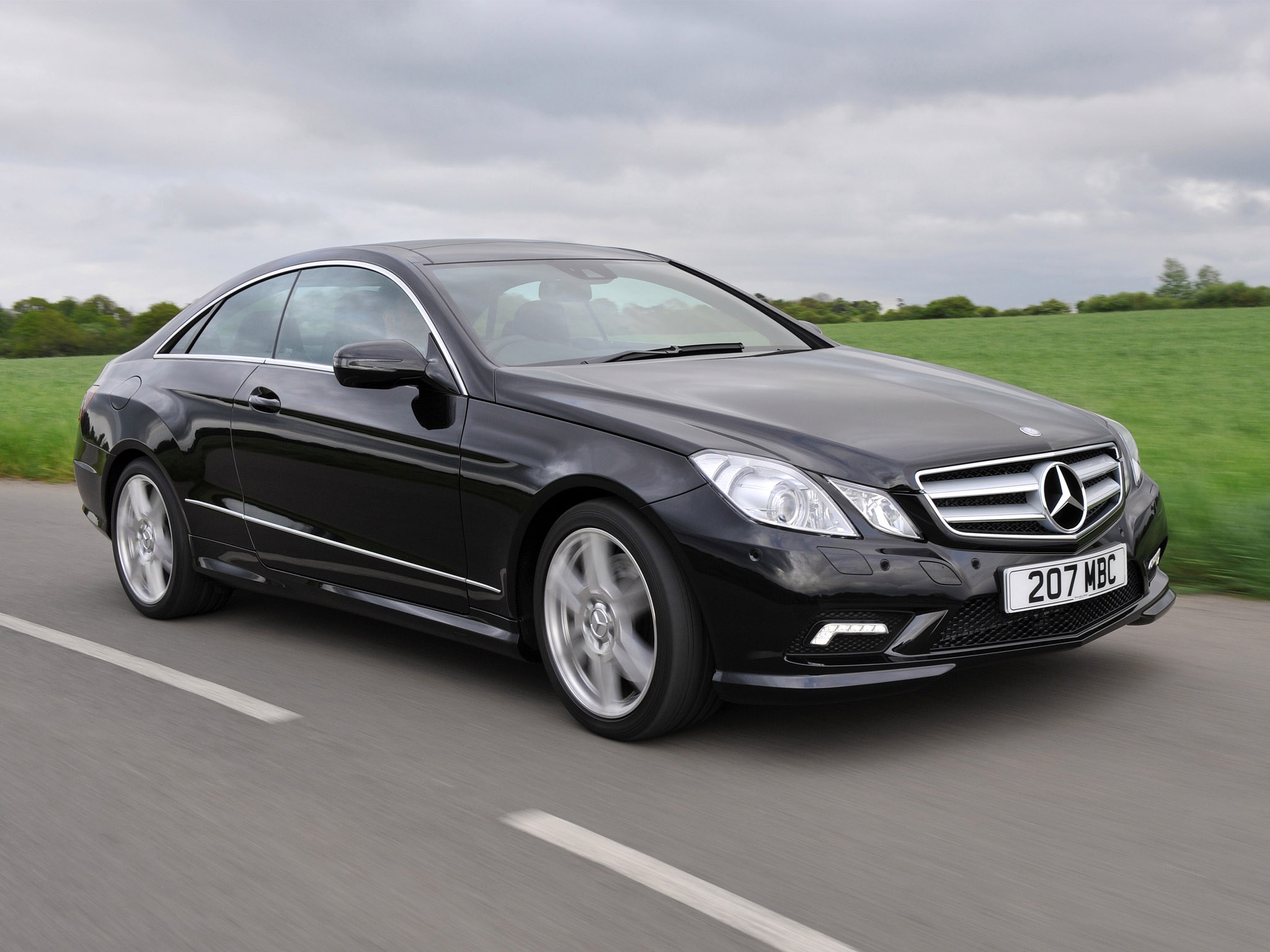 mercedes e klasse e500 coupe amg sports package uk 2009