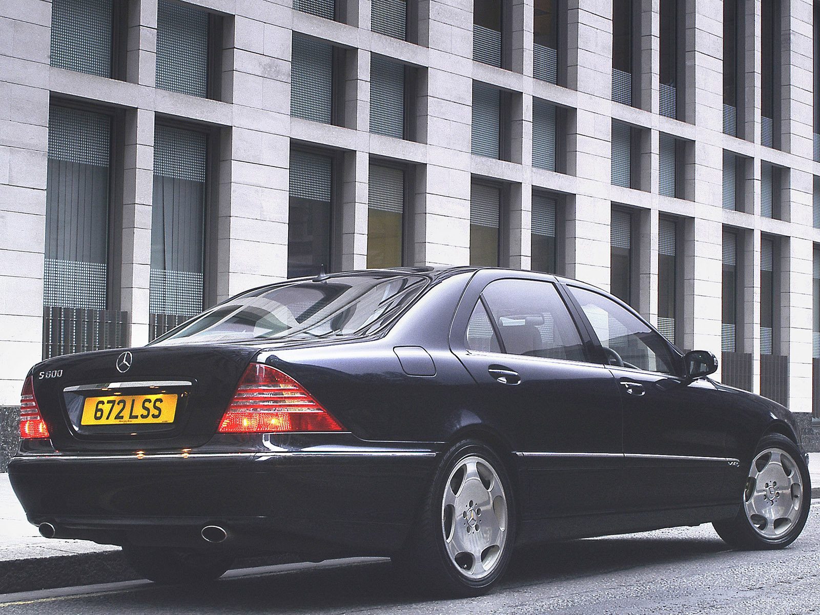 Mercedes s klasse s600 uk w220 2002 2005 mercedes s klasse for 2005 mercedes benz s class s600
