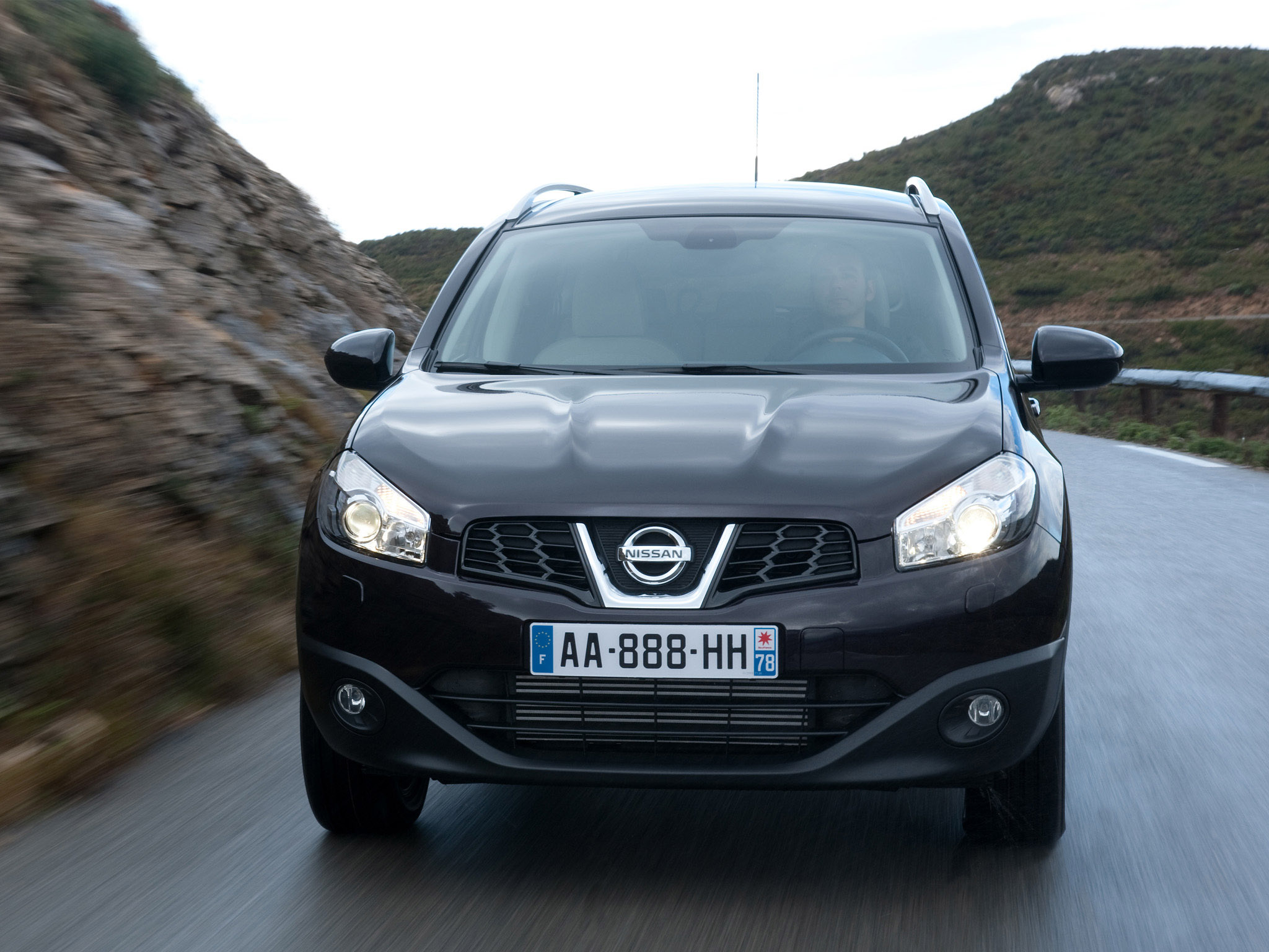 nissan qashqai 2 facelift 2010 nissan qashqai 2 facelift 2010 photo 04 car in pictures car. Black Bedroom Furniture Sets. Home Design Ideas