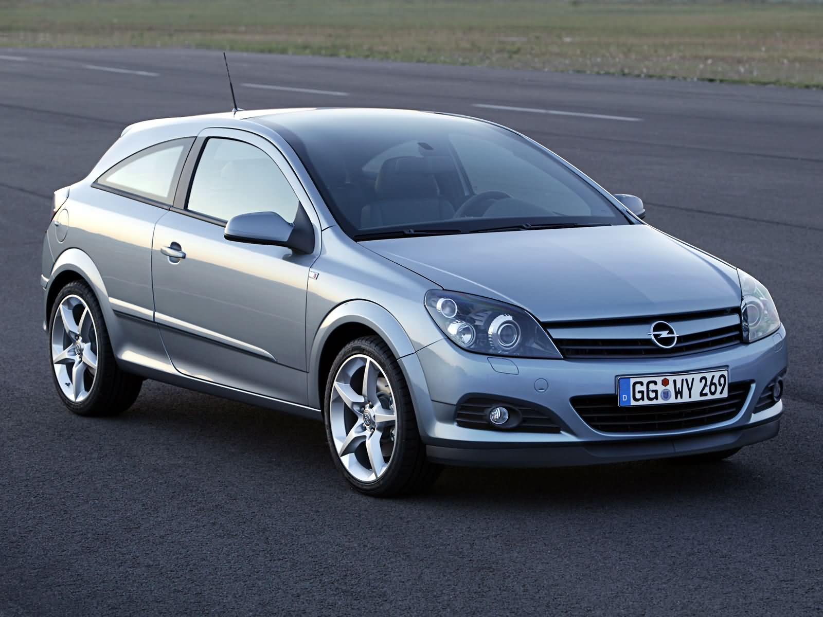 opel astra h gtc 2005 opel astra h gtc 2005 photo 08 car. Black Bedroom Furniture Sets. Home Design Ideas