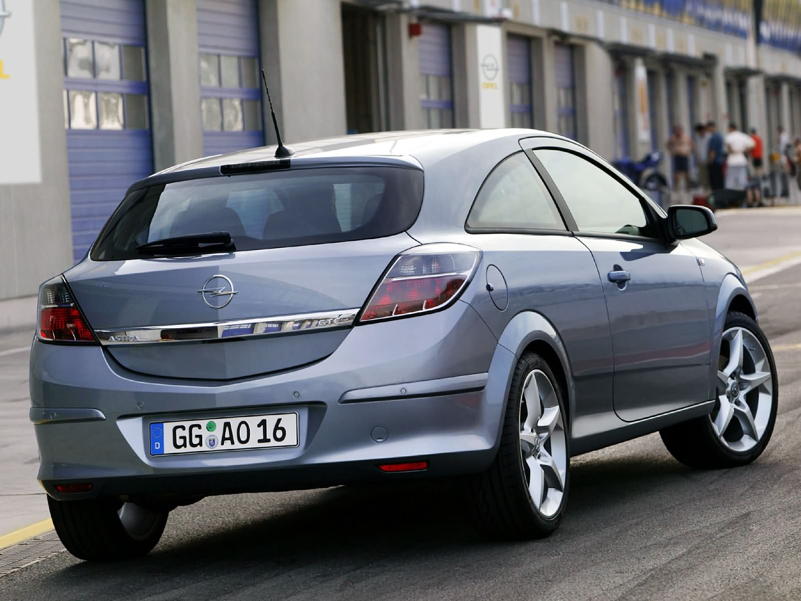 opel astra h gtc 2005 opel astra h gtc 2005 photo 12 car in pictures car photo gallery. Black Bedroom Furniture Sets. Home Design Ideas