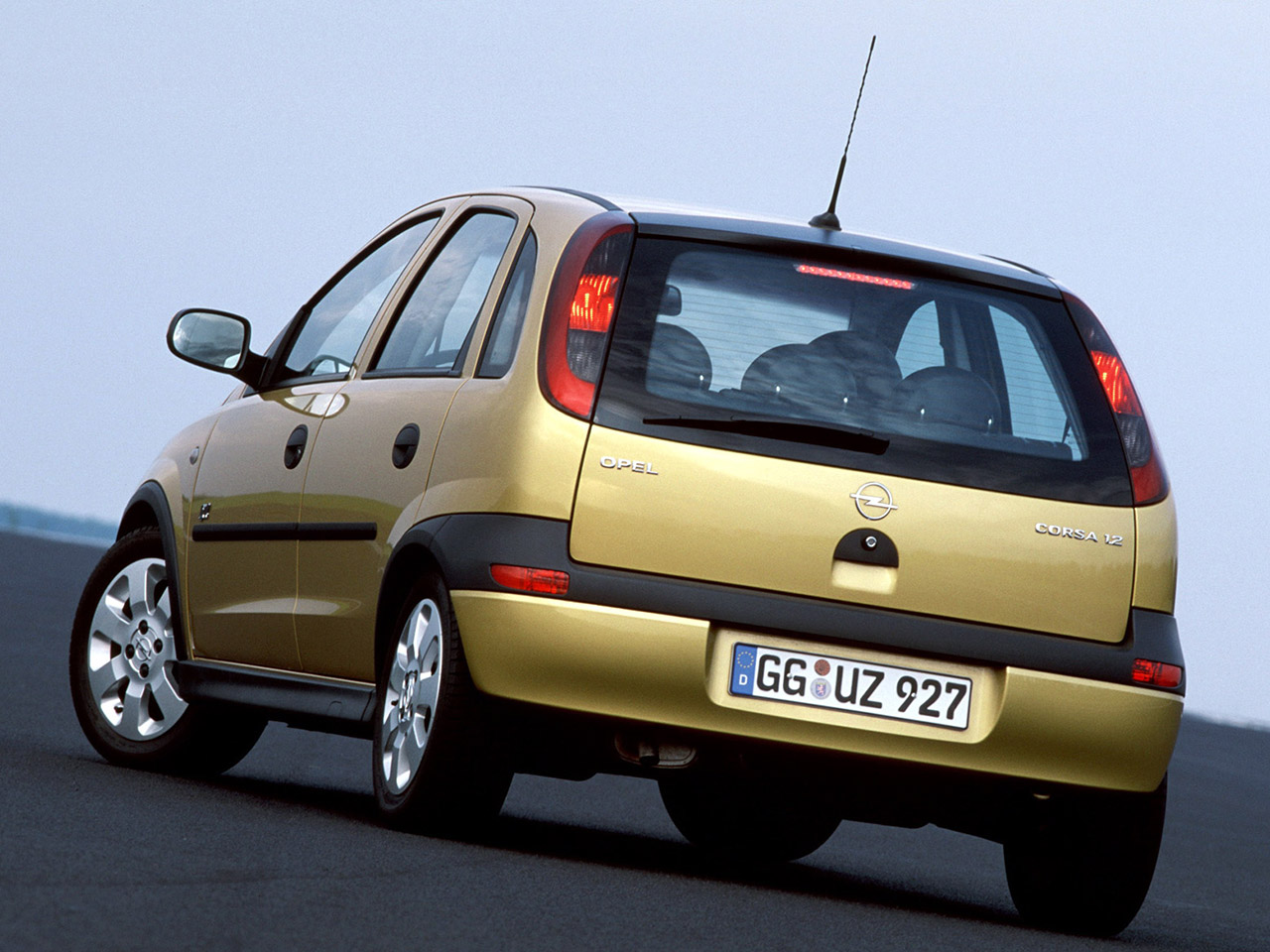 opel corsa c 5 door 2000 2003 opel corsa c 5 door 2000 2003 photo 02 car in pictures car. Black Bedroom Furniture Sets. Home Design Ideas