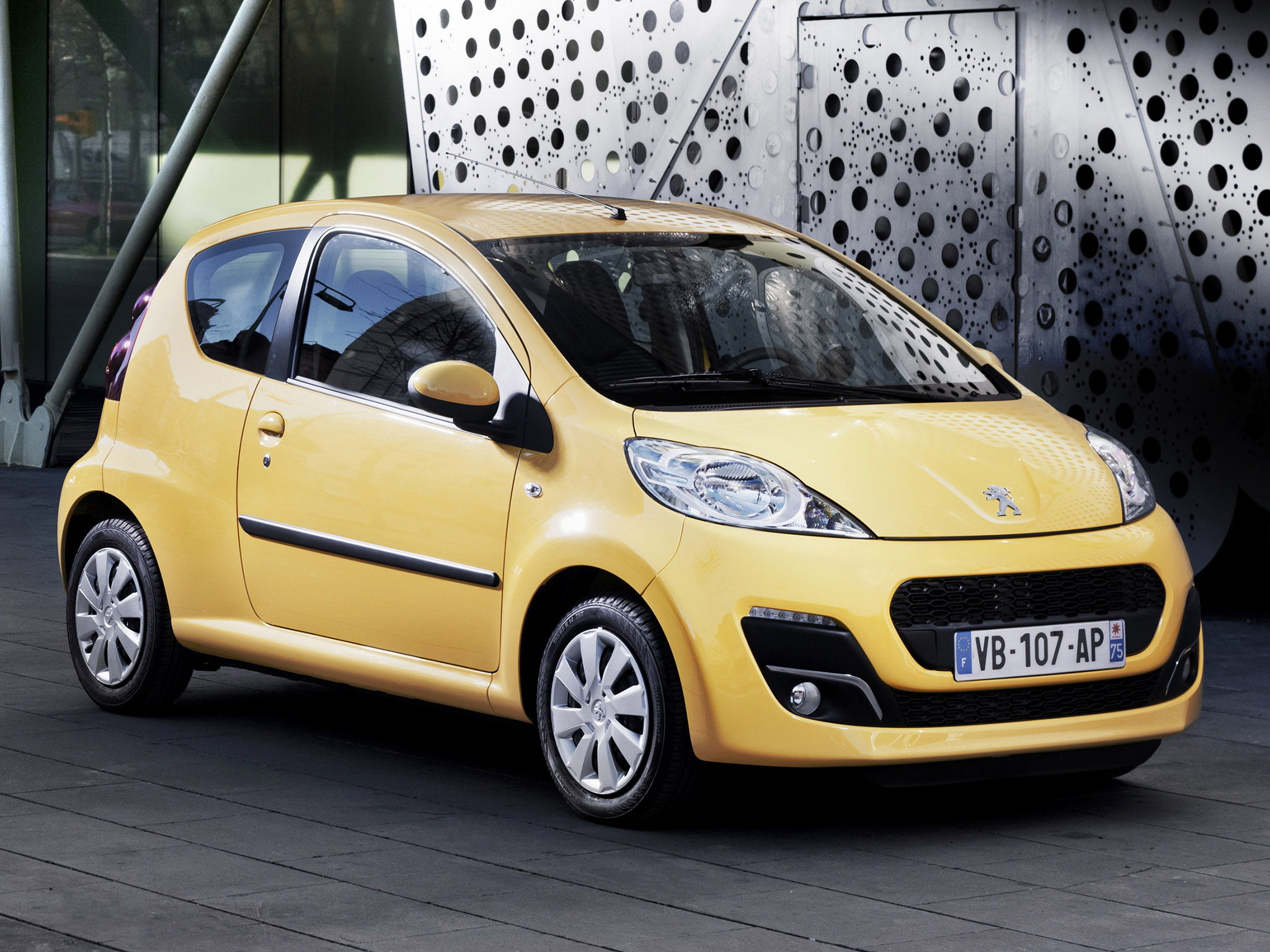 peugeot 107 3 door 2012 peugeot 107 3 door 2012 photo 05 car in pictures car photo gallery. Black Bedroom Furniture Sets. Home Design Ideas