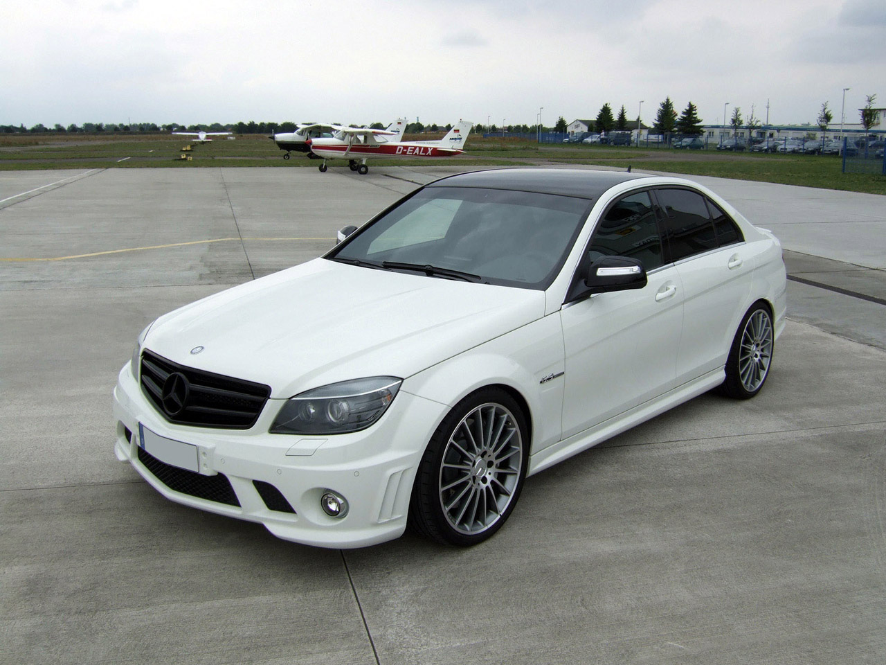 avus performance mercedes c klasse amg c63 w204 2009 avus. Black Bedroom Furniture Sets. Home Design Ideas