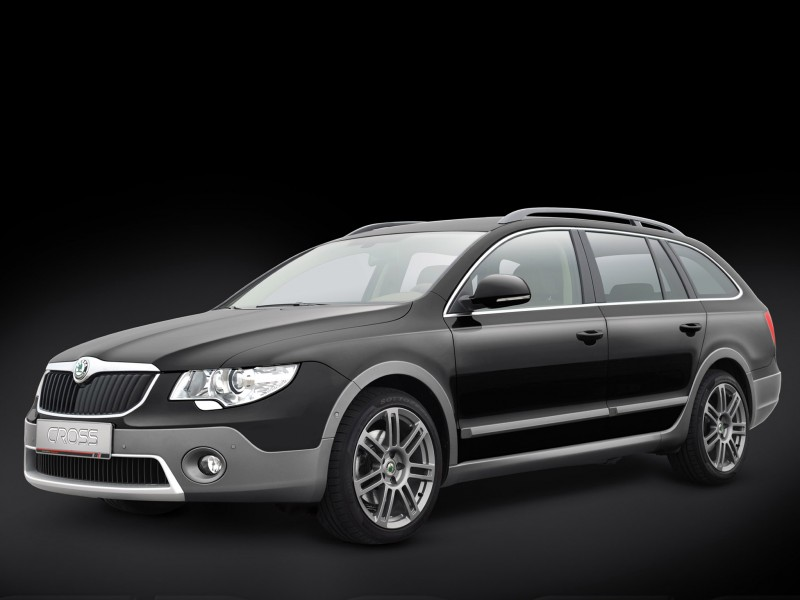 bt design skoda superb combi cross 2011 bt design skoda. Black Bedroom Furniture Sets. Home Design Ideas