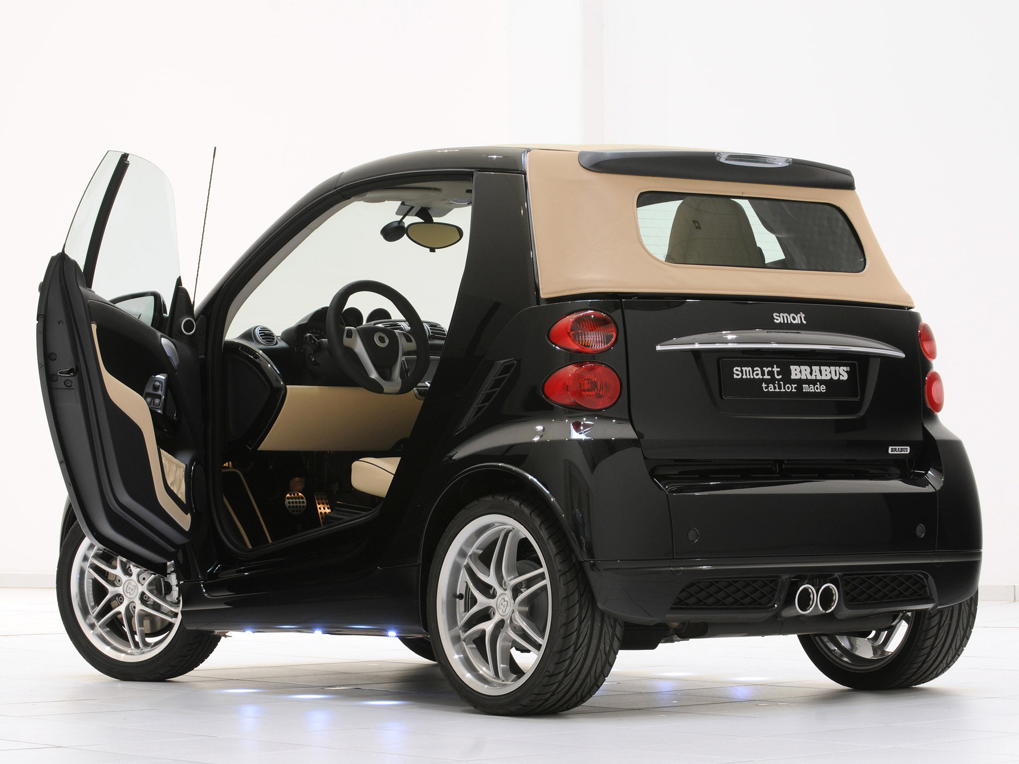 car in pictures car photo gallery brabus smart fortwo. Black Bedroom Furniture Sets. Home Design Ideas