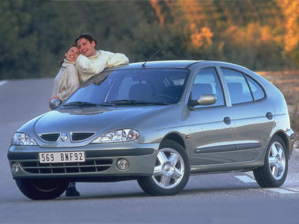 renault megane hatchback 1999 2003 renault megane hatchback 1999 2003 photo 03 car in pictures. Black Bedroom Furniture Sets. Home Design Ideas