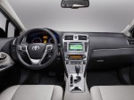 Toyota Avensis Wagon 2011 Photo 01