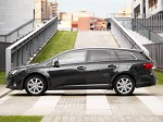 Toyota Avensis Wagon 2011 Photo 11