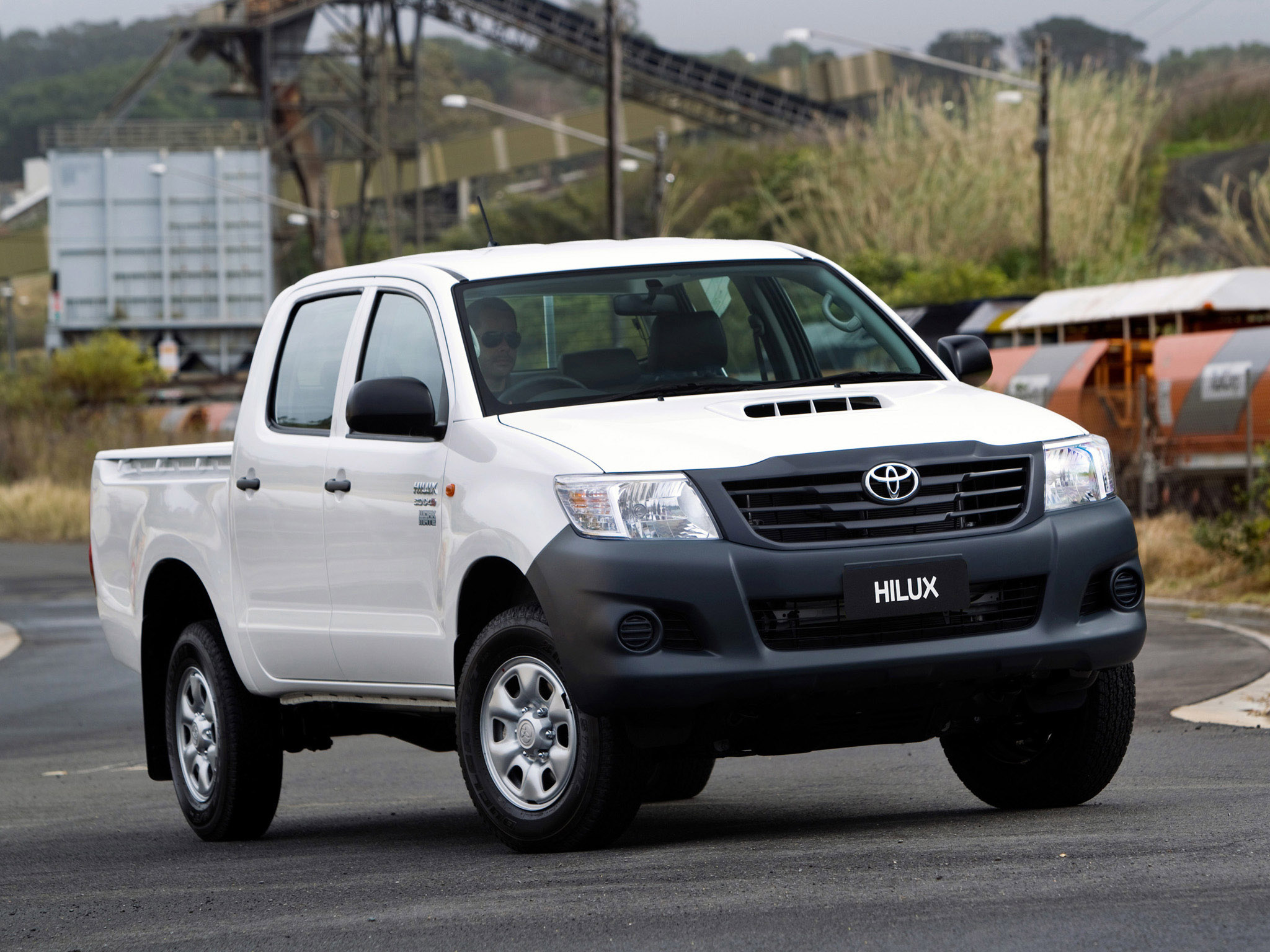 Toyota Hilux Workmate Double Cab 4x4 2011 P O 08