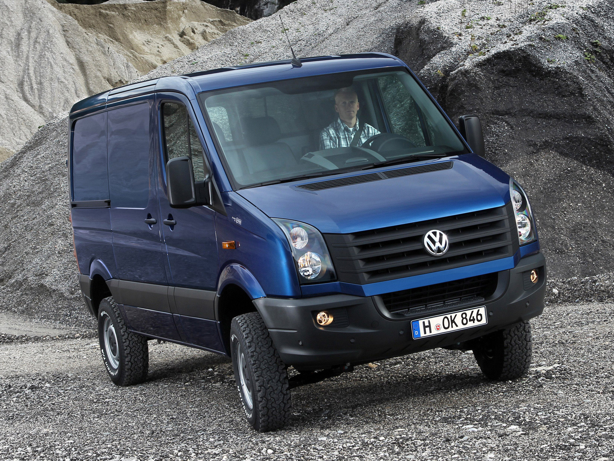 CLASSE V  favor incluir Volkswagen-Crafter-Van-4MOTION-by-Achleitner-2011-Photo-02