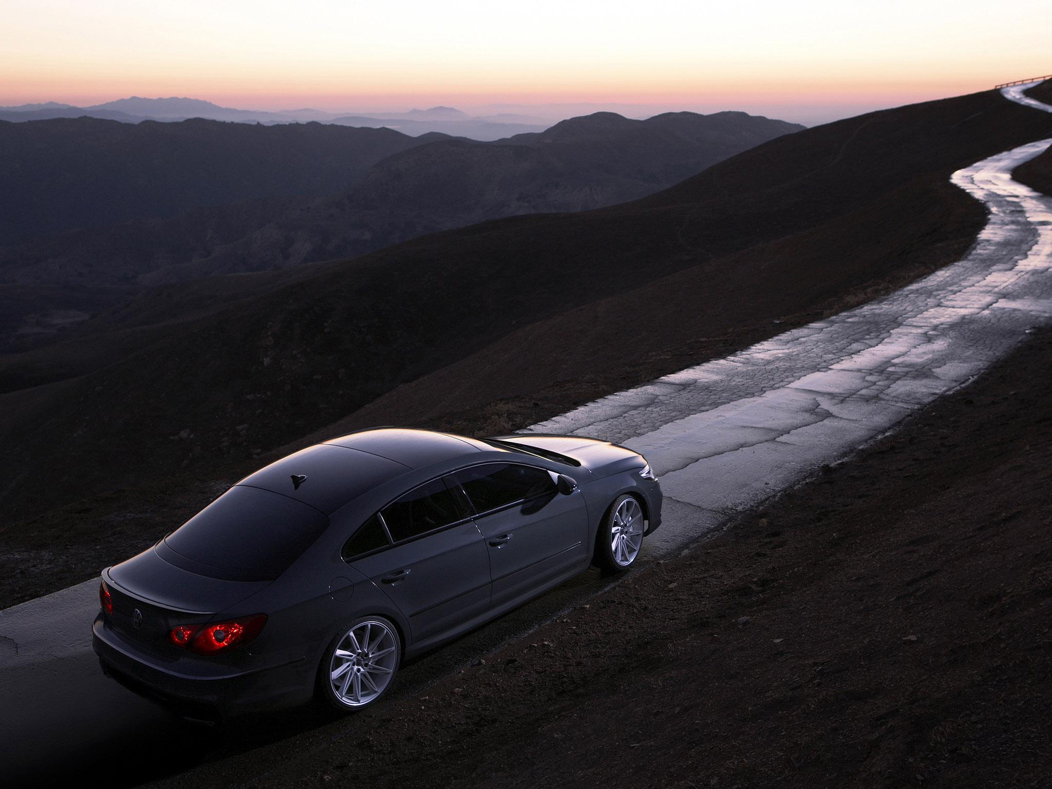 http://carinpicture.com/wp-content/uploads/2012/02/Volkswagen-Passat-CC-Eco-Performance-Concept-2008-Photo-01.jpg
