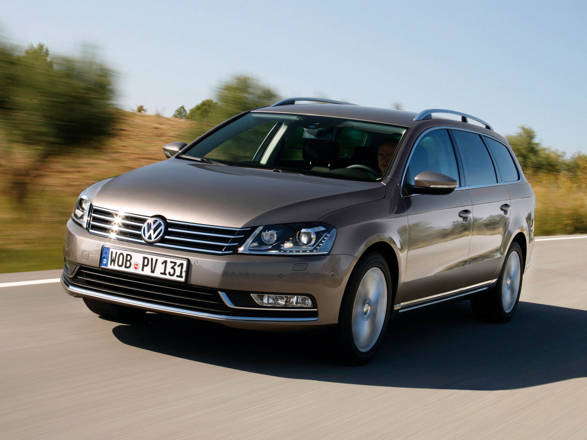 volkswagen passat tsi ecofuel variant b7 2010 volkswagen. Black Bedroom Furniture Sets. Home Design Ideas