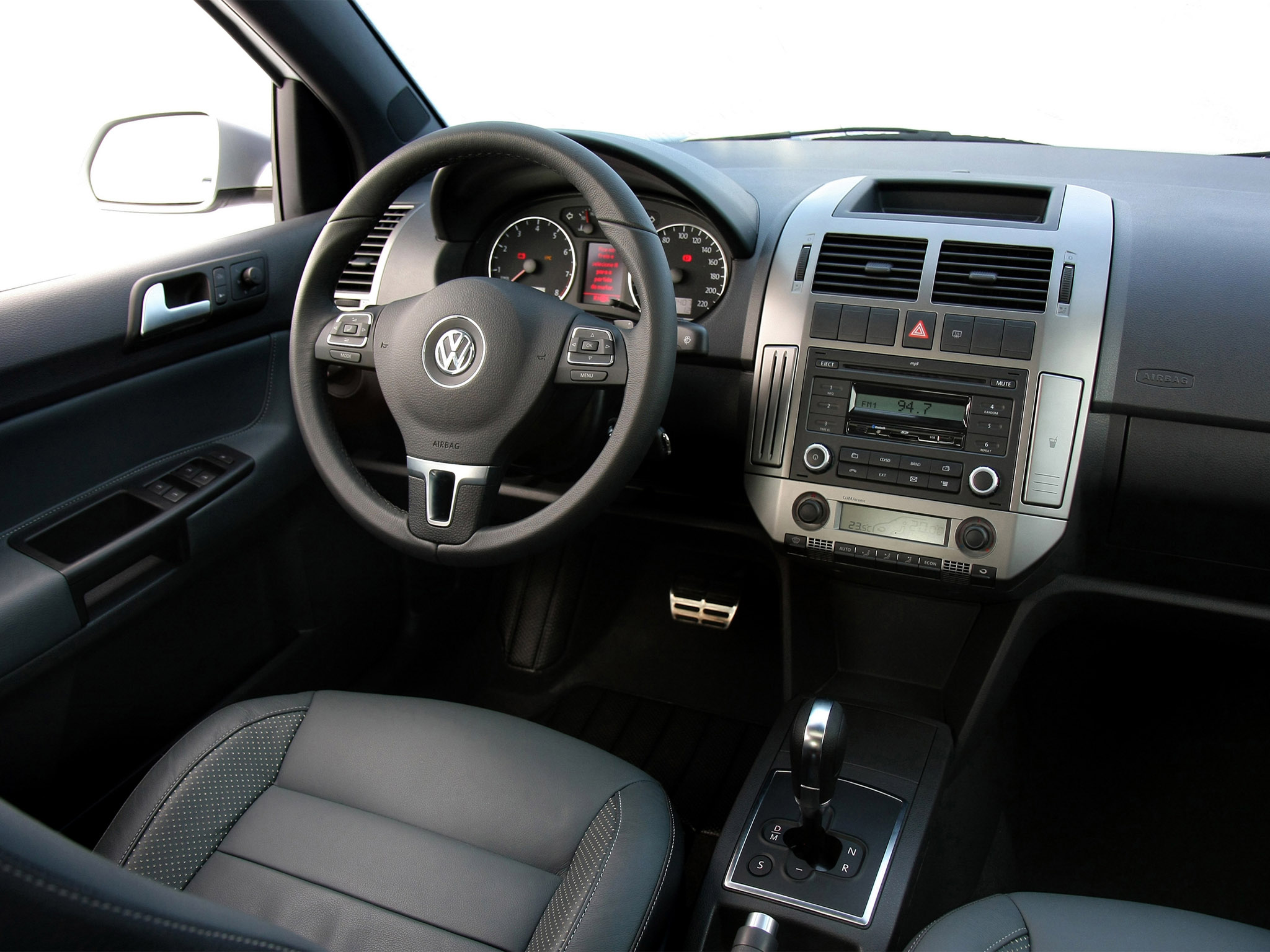 volkswagen polo 5 door brazil ivf 2009 volkswagen polo 5 door brazil ivf 2009 photo 01 car in. Black Bedroom Furniture Sets. Home Design Ideas