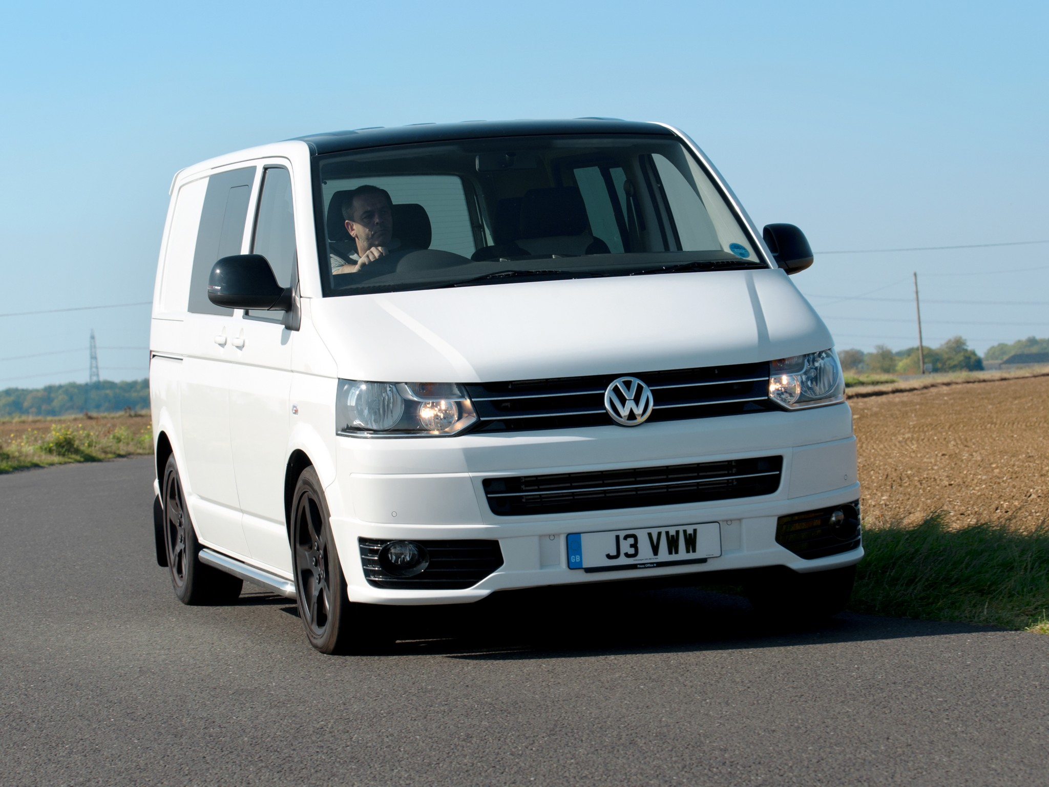 volkswagen t5 transporter combi sportline uk 2011. Black Bedroom Furniture Sets. Home Design Ideas