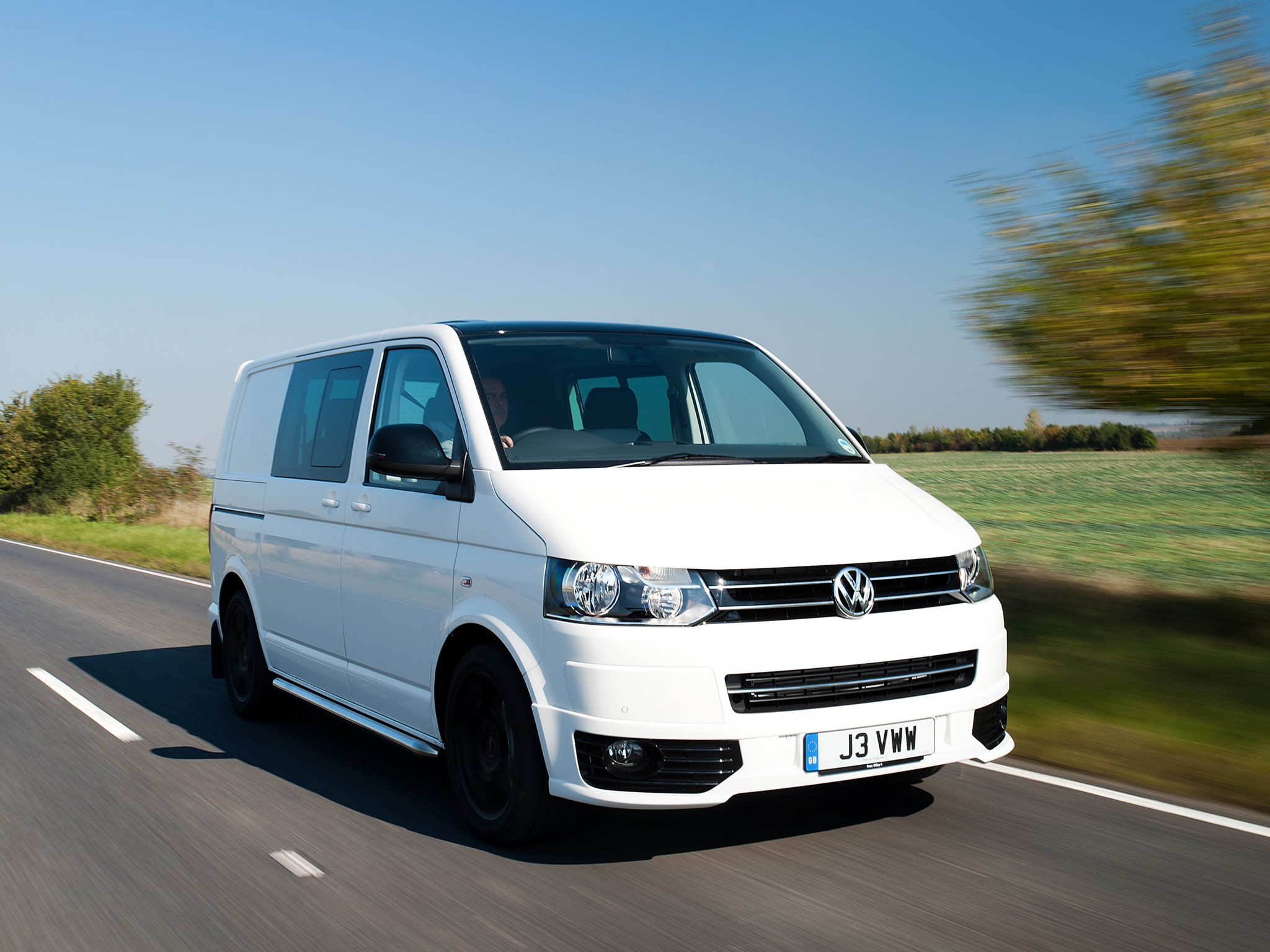 volkswagen t5 transporter combi sportline uk 2011 volkswagen t5 transporter combi sportline uk. Black Bedroom Furniture Sets. Home Design Ideas