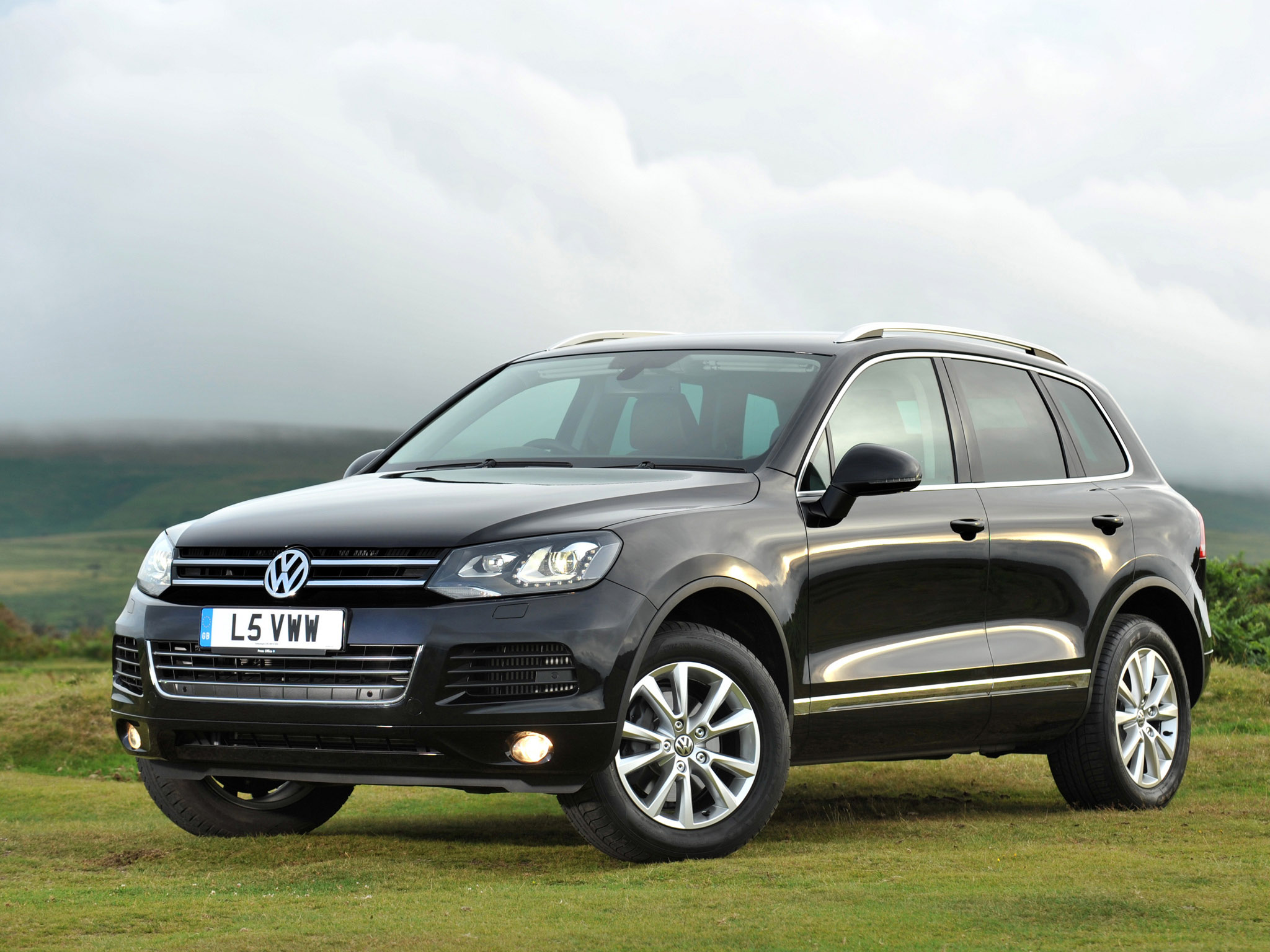 volkswagen touareg v6 tdi uk 2010 volkswagen touareg v6 tdi uk 2010 photo 07 car in pictures. Black Bedroom Furniture Sets. Home Design Ideas